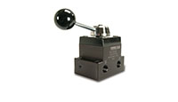 Product Image - 4 Way / 3 Position (Tandom Centre) and (Open Centre) Manual Valves